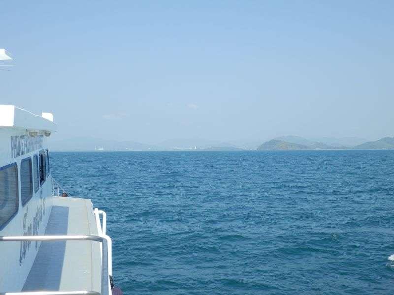 vor uns liegt Phuket